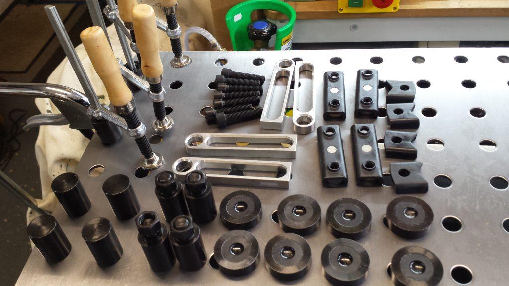 modular fixing kit